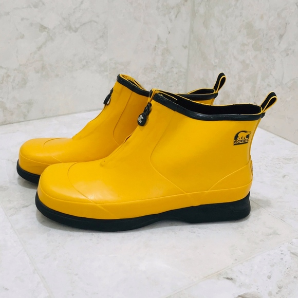 Sorel Shoes - SOREL Rain Boots {11} Yellow Rubber Zip Low Ankle